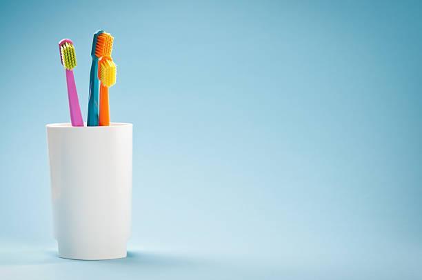 İdeal Bir Diş Fırçası Nasıl Olmalıdır ?